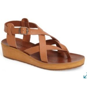 Lucky Brand Hadinas Tan Strappy Leather Sandals